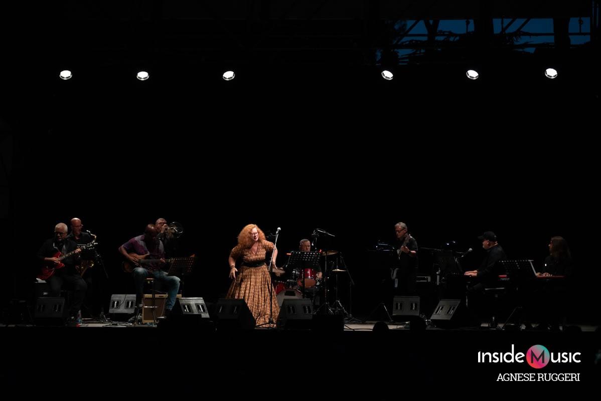 Sara Jane Morris_ Casa del Jazz_Agnese Ruggeri_copertina